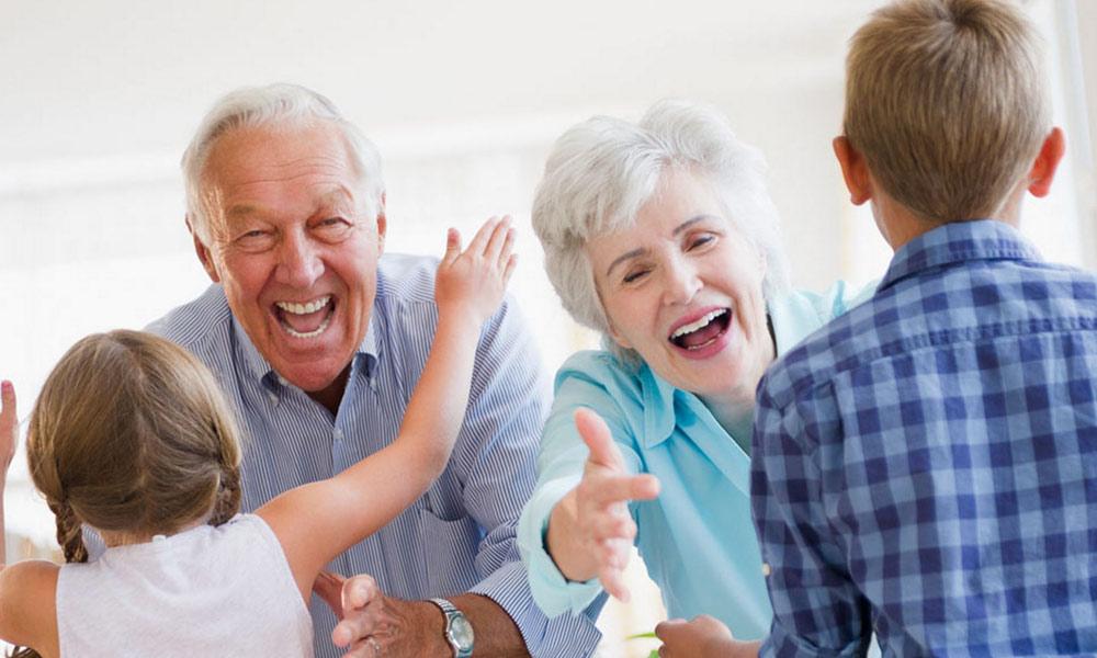 نانی،دادی کی کہانیاں اور ان کا پیار کہاں کھوگیا ؟