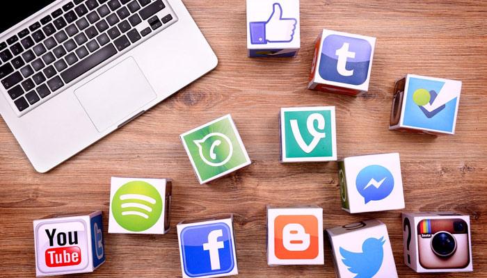 سوشل میڈیا اور ہماری سوچ