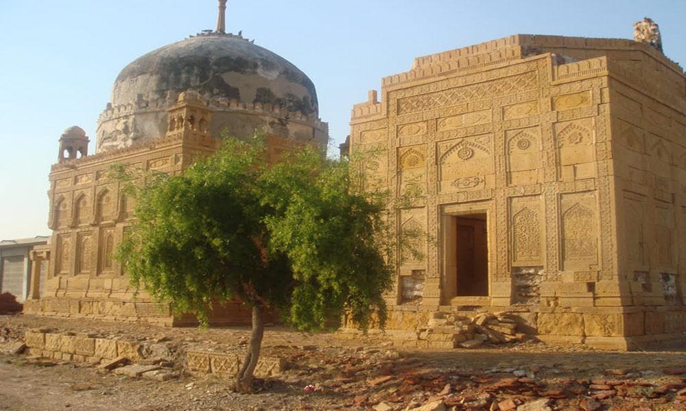 ''چٹوڑی'' مانکانی تالپوروں کا تاریخی قبرستان