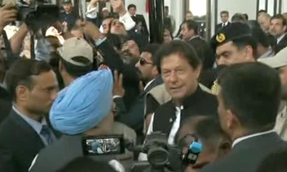 وزیراعظم عمران خان کرتارپور پہنچ گئے