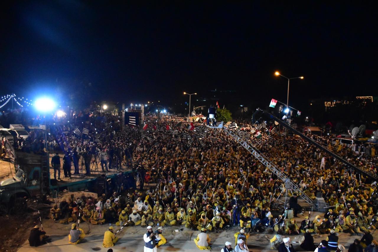 آزادی مارچ: سیرت النبی کانفرنس کی تصاویر اور ویڈیو مناظر