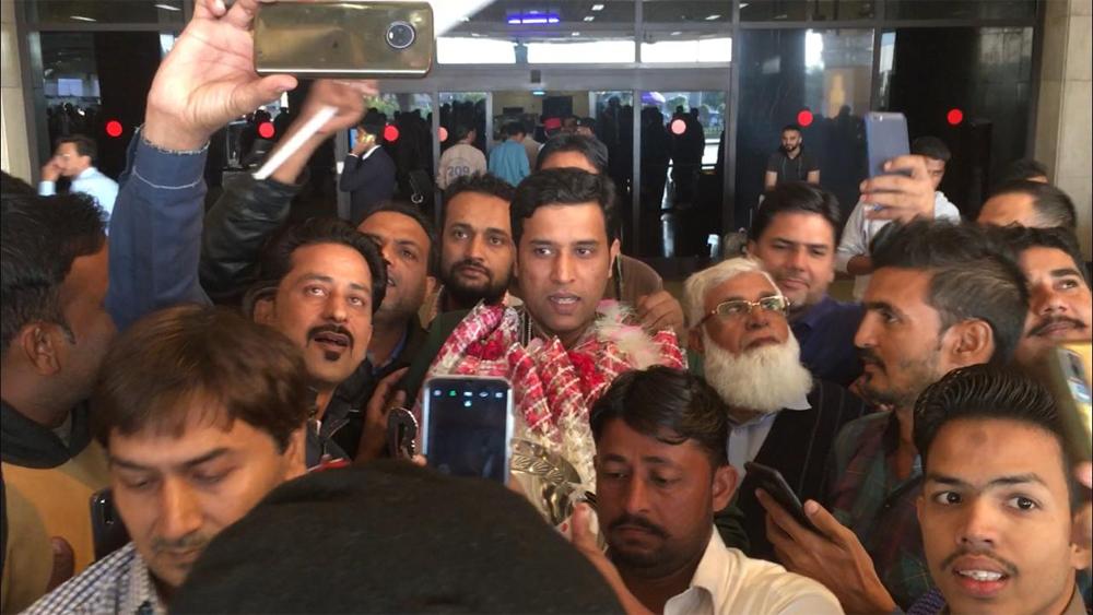 ورلڈ اسنوکر چیمپئن محمد آصف کی وطن واپسی