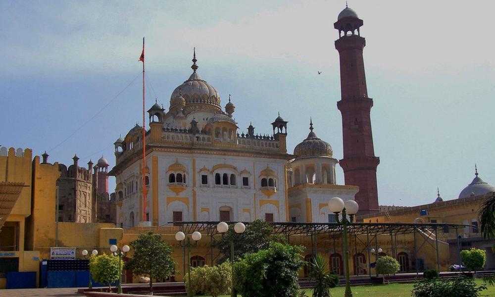 پاکستان میں سکھوں کے بڑے مذہبی مقامات کہاں ہیں ؟