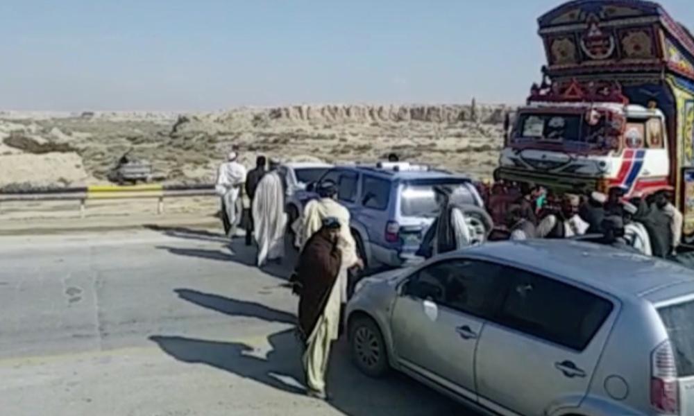 آزادی مارچ پلانB، بلوچستان میں شاہراہ بند