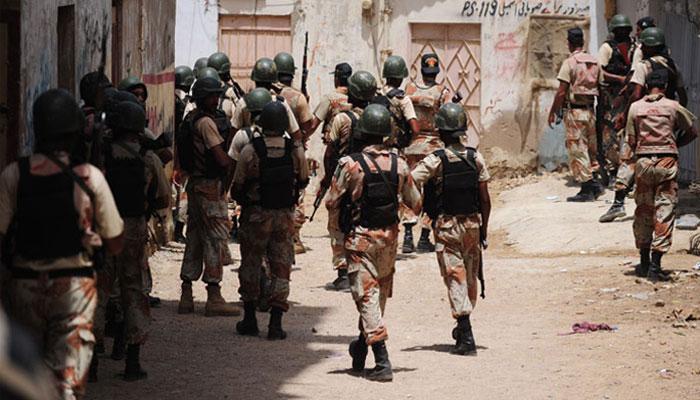 کراچی:رینجرز کی کارروائی، 20جرائم پیشہ ملزمان گرفتار