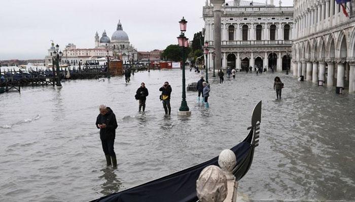 سیلابی صورتحال: خوبصورت شہر وینس پانی میں ڈوب گیا