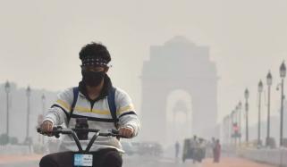New Dehli Air Pollution School Closed For 2 Days