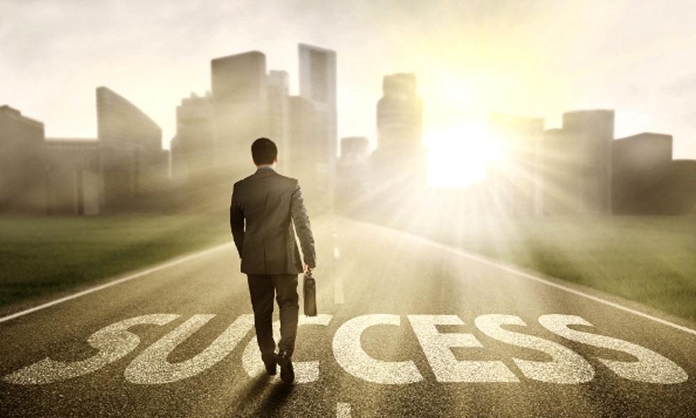 کامیابی کے آٹھ اصول کیا ہیں؟