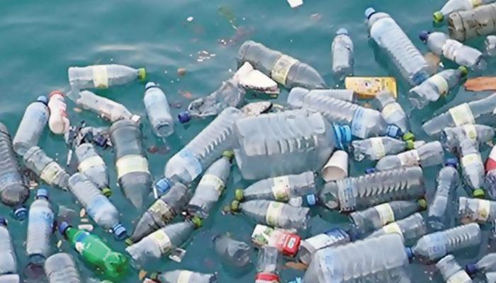 اشیائے صرف کی جائنٹ کمپنیاں پلاسٹک کے استعمال کے وعدوں کو پورا کرنے میں ناکام