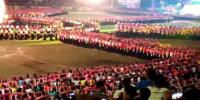 5000 People Participate In Synchronised Dance At Festival