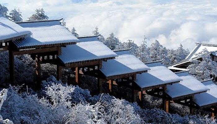 چین میں سرد موسم کی پہلی برف باری