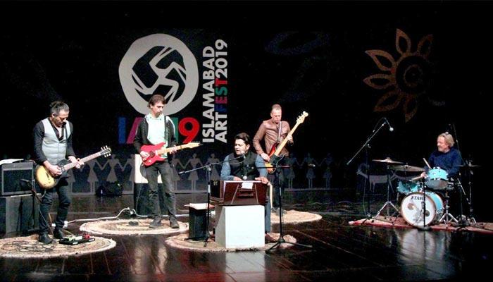 اسلام آباد: آرٹ فیسٹیول میں ڈینش فیوژن بینڈ نےخوب رنگ جمایا