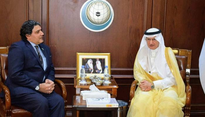 سعودی عرب میں سفیر پاکستان کی ڈاکٹر یوسف العثیمین سے ملاقات