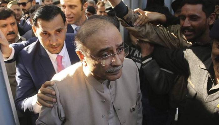 آصف علی زرداری کو علاج کیلئے کراچی منتقل کرنے کی اجازت مل جائے گی؟