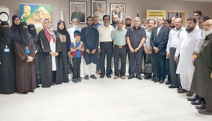 قونصل جنرل خالد مجیدکا جدہ میں ' فری میڈیکل کیمپ' کادورہ