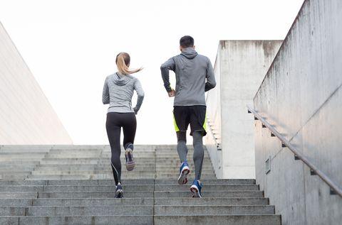 کیا سیڑھیاں چڑھ کے وزن کم ہوسکتا ہے؟
