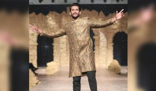 Pakistan Fans Vent Fury As Injured Hassan Ali Walks The Ramp