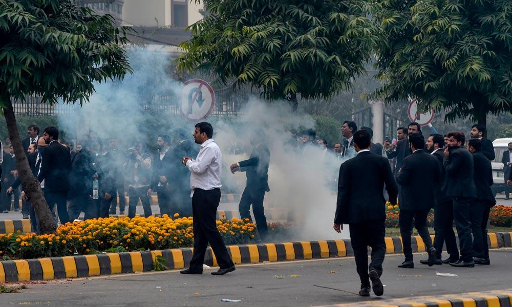 وکلاء نے اسپتال پر حملہ کیوں کیا؟ وجہ سامنے آگئی