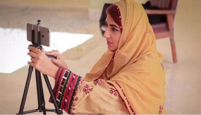معروف وی لاگر کی تیسری بار خودکشی کی کوشش