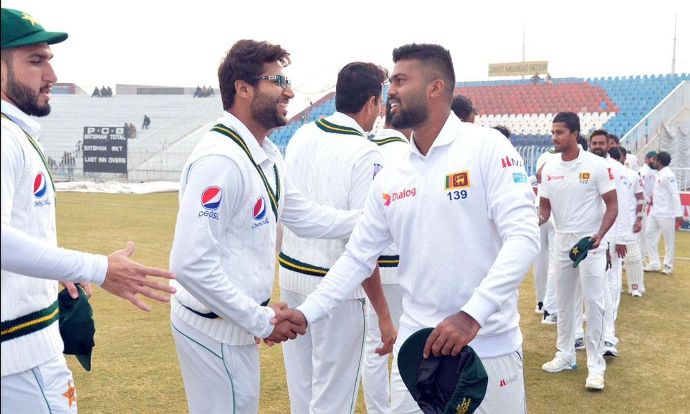 پاکستان اور سری لنکا کی ٹیمیں کل کراچی پہنچیں گی