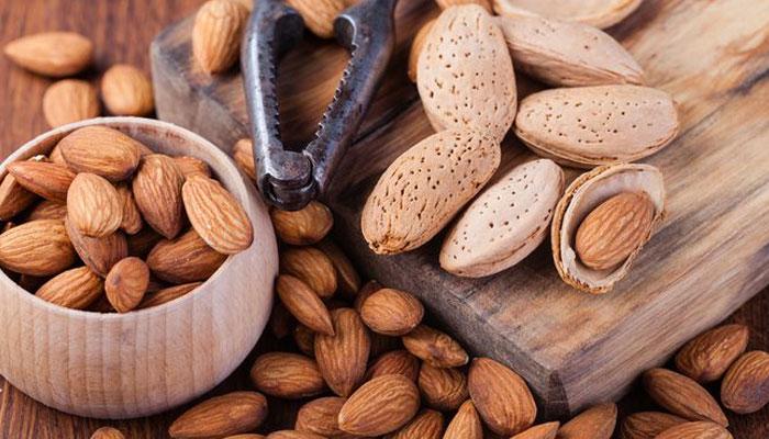 روزانہ بادام کھانے کے فوائد