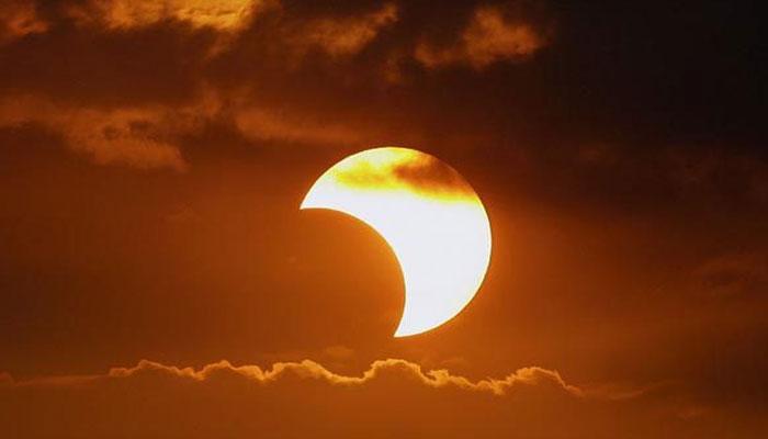سورج گرہن کیوں ہوتا ہے؟
