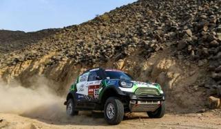Dakar 2020 Stage 11 Peterhansel Wins Sainz Holds Healthy Lead
