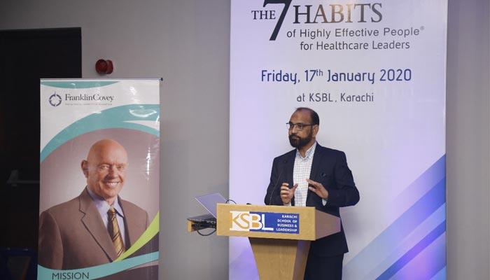 پاکستان میں صحت کے شعبے کو انقلابی لیڈرز کی ضرورت ہے، ڈاکٹر عبدالباری