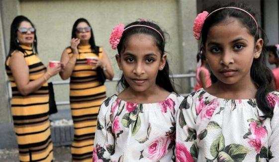 Too Many Twins Spoil Sri Lankan Largest Gathering Record Attempt