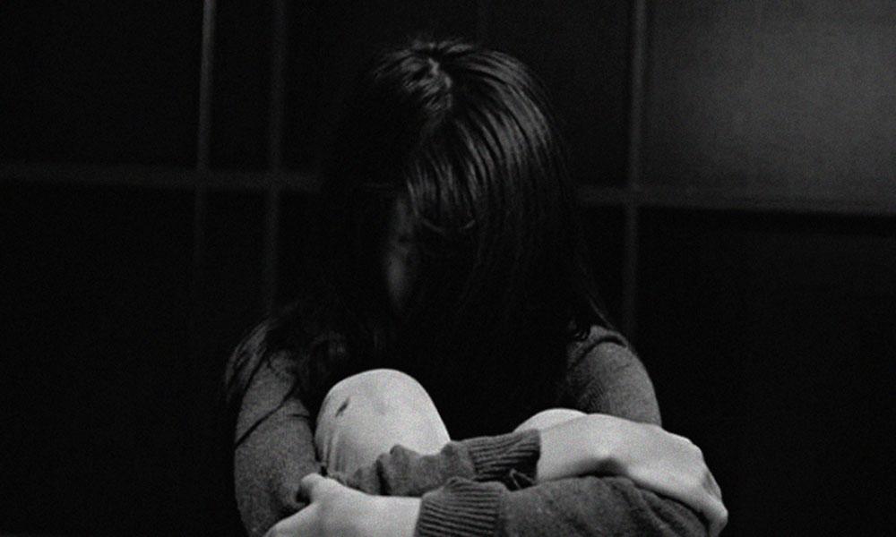 خانیوال: دوستی سے انکار پر SHO کی لڑکی سے زیادتی