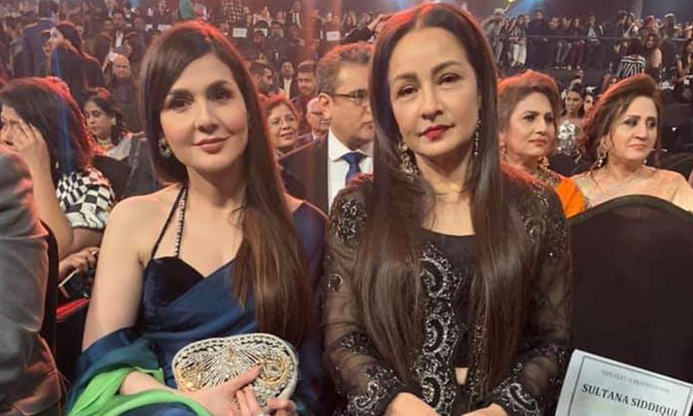 احد رضا، عائشہ عمر، ماہرہ خان اسٹائل ایوارڈز میں چھا گئے