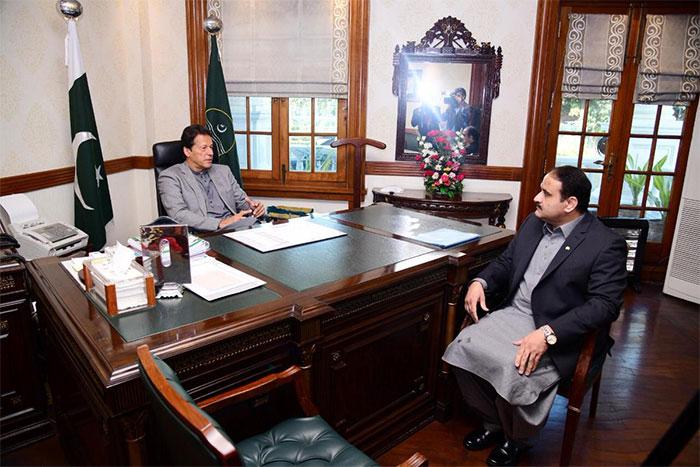 وزیراعظم عمران خان کی لاہور آمد، اہم فیصلوں کا امکان