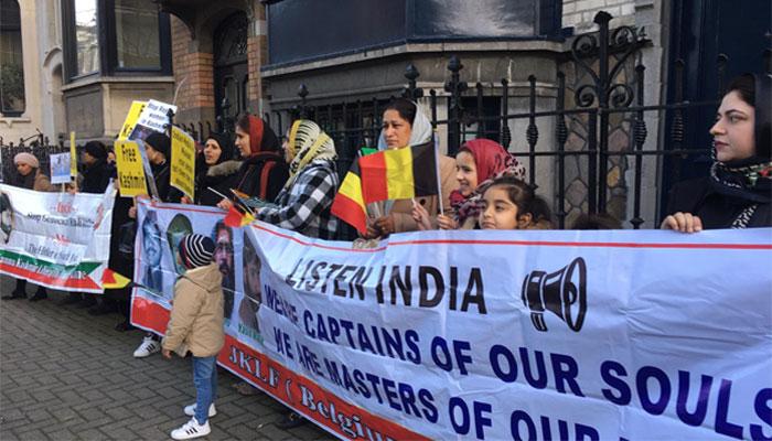 برسلز :کشمیریوں نے بھارتی یوم جمہوریہ پر یوم سیاہ منایا