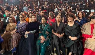 Ahad Raza Aisha Omar Mahira Khan Won The Style Awards Nominations