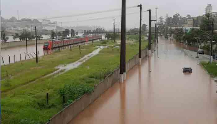 برازیل ، طوفانی بارشوں کے بعد سیلاب نے تباہی مچادی