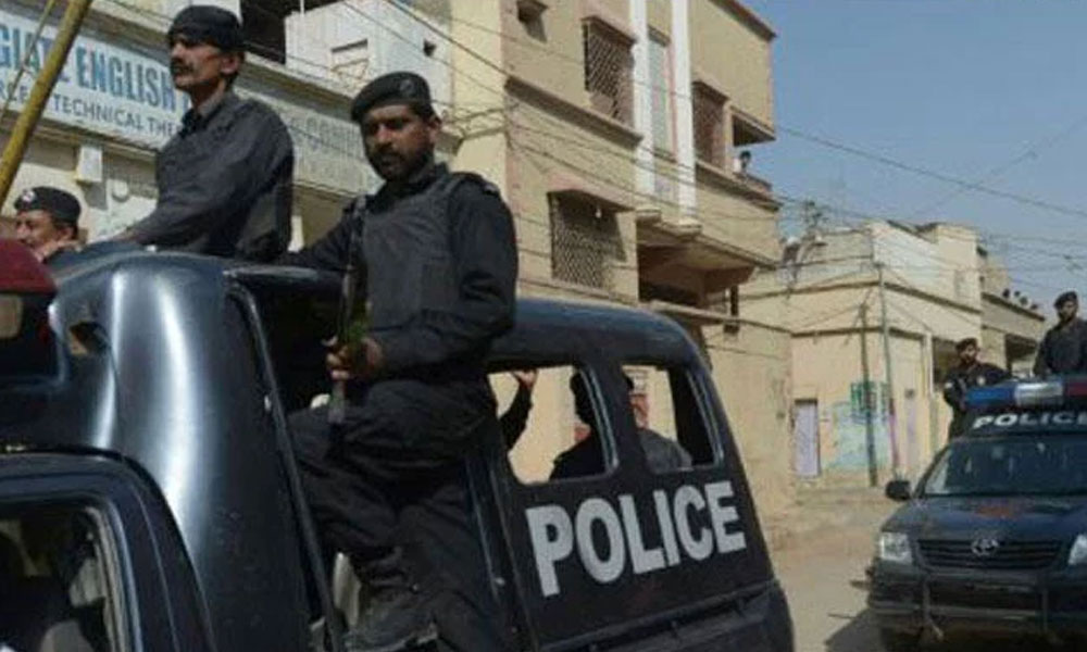 کراچی کے مختلف علاقوں سے 9 ملزمان گرفتار