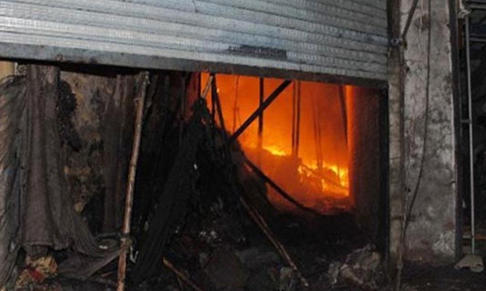 کراچی، گیس سیلنڈر کی دکان میں آتشزدگی