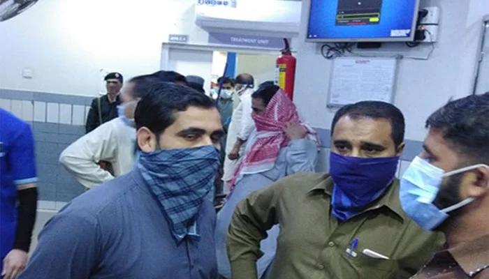 کراچی کے شہریوں کو بھی ماسک پہننے کی ہدایت