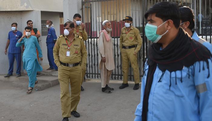 کراچی، زہریلی گیس سے مرنے والوں کی تعداد 8 ہوگئی