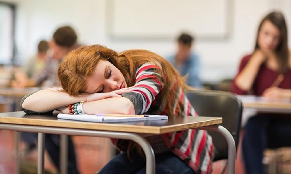 تعلیمی کارکردگی بہتر بنانے کیلئےکتنے گھنٹےسوئیں؟