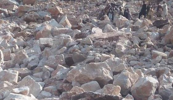 بونیر: ماربل کی چٹان مزدوروں پر گرگئی، 9 جاں بحق، 5 زخمی