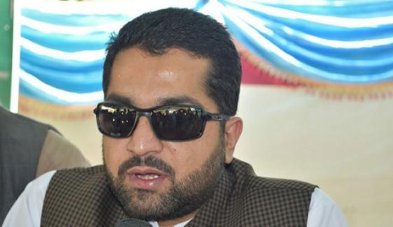 ایران میں 6 ہزار سے زائد پاکستانی ہیں، ان کا فیصلہ جلد کیا جائے گا، وزیرداخلہ بلوچستان