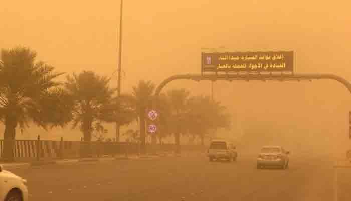 سعودی عرب میں گرد و غبار کا طوفان