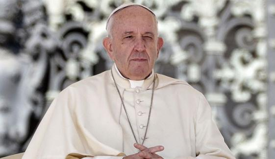 کورونا وائرس متاثرین سے ملنے کے بعد پوپ فرانسس بیمار پڑ گئے