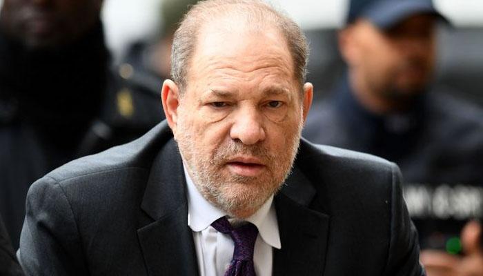 زیادتی کیس کے سزا یافتہ مجرم ہاروی وینسٹن بھی کورونا میں مبتلا