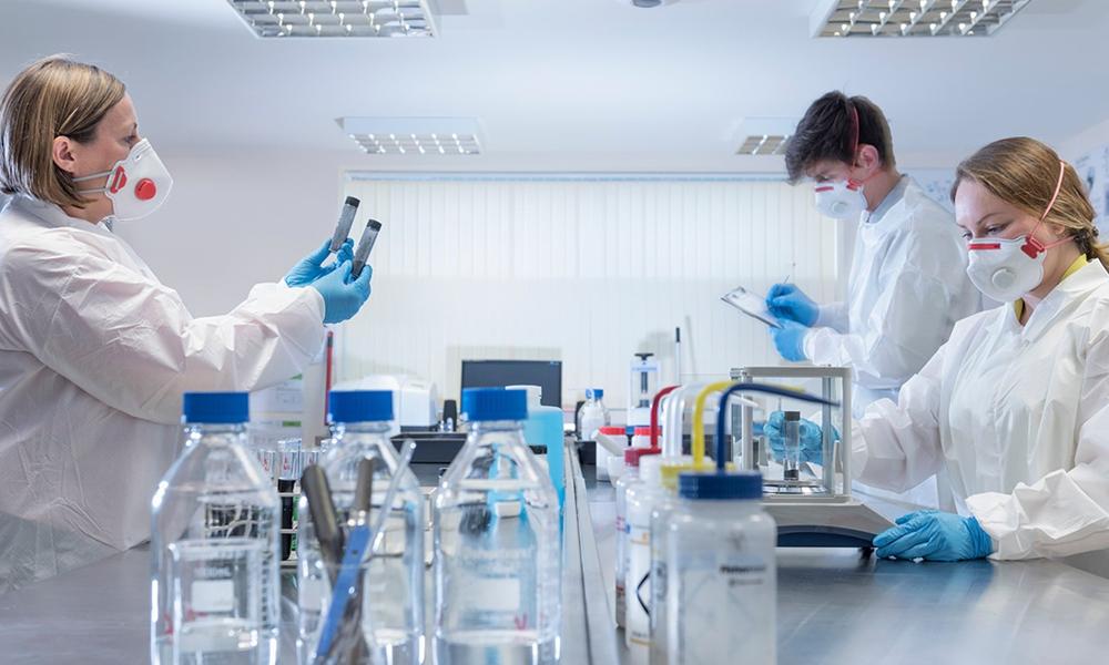 کورونا وائرس، امریکا میں بیک وقت 3 کلینیکل تجربات شروع