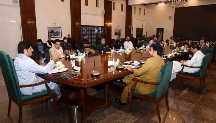 سندھ میں 14 انتہائی نگہداشت یونٹ قائم کرنے کا فیصلہ