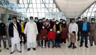 بینکاک میں پھنسے پاکستانیوں کی مشکلات میں اضافہ