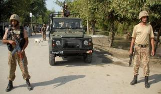 پاک فوج شہروں کے داخلی و خارجی راستوں پر تعینات