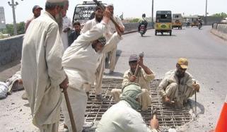 لاک ڈاؤن سے مزدور و معذور افراد معاشی مشکلات کا شکار